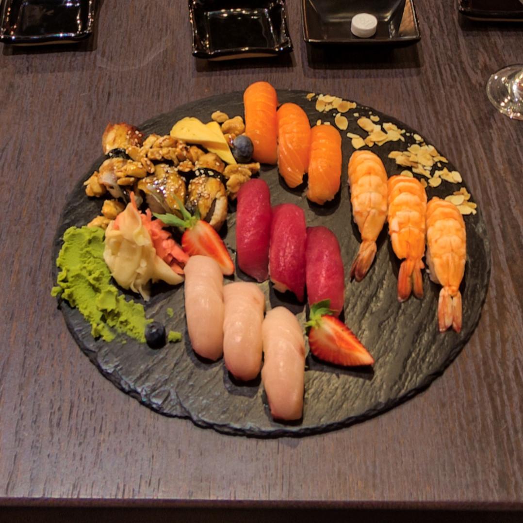 Mito Sushi Restauracja Japonska W Gdansku Sushi Maki Nigiri Sashimi Zupy Dania Glowne Desery I Co Tylko Jeszcze Wasze Podniebienie Moze Sobie Zamarzyc Zapraszamy Na Nasze Nowe Menu